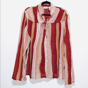 🎈3 FOR $25- Super cute blouse size XL